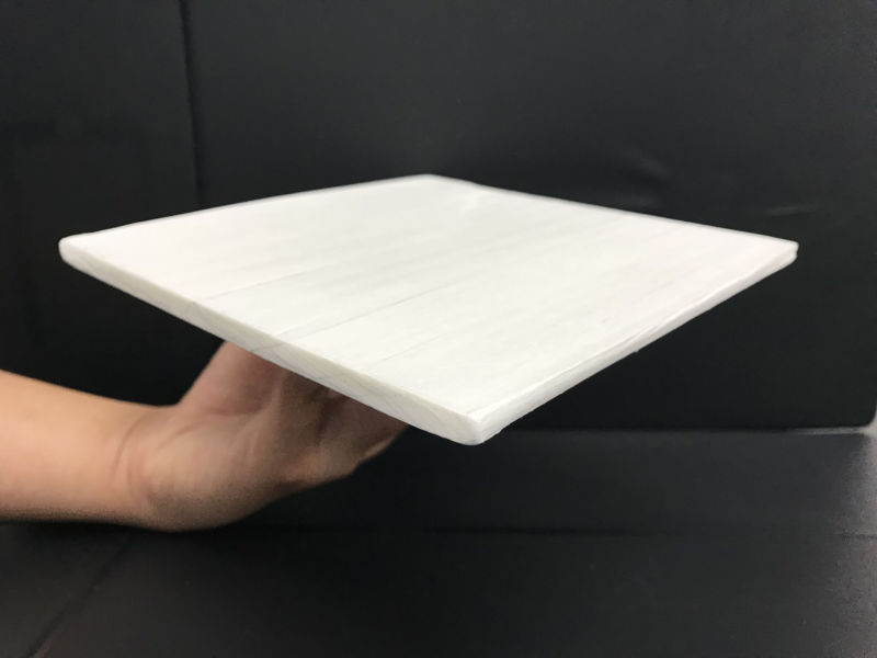 Image of a white plank.