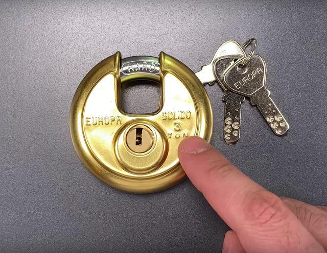 unpickable-lock-picked.jpg