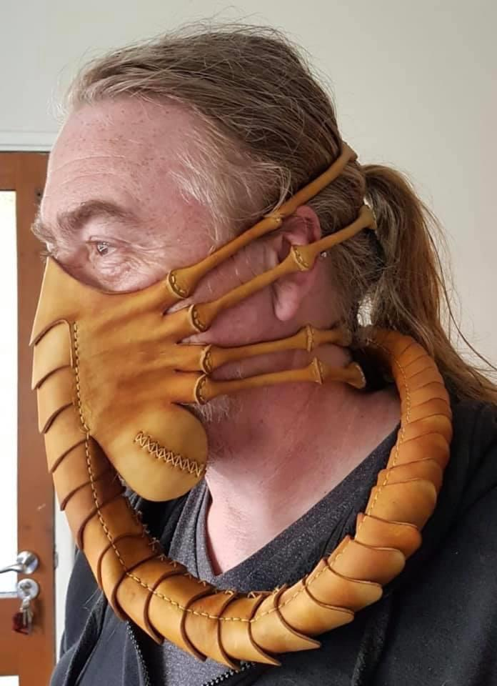 face-hugger-mask.jpg