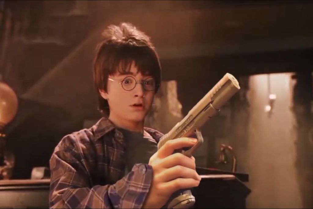 harry-potter-gun.jpg