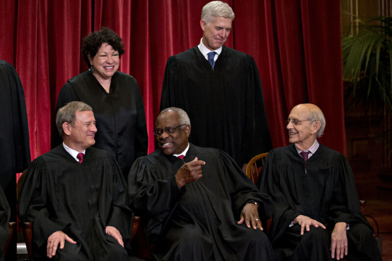 Justices Sonia Sotomayor and Neil Gorsuch, back, and Stephen Breyer, right, seemed skeptical of the government's broad reading of the CFAA. Justice Thomas, center, seemed more sympathetic to the government's view. Chief Justice Roberts, left, kept his cards close to his chest.