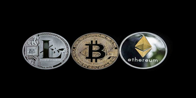 cryptocurrency-concept-altcoins-blockchain-money