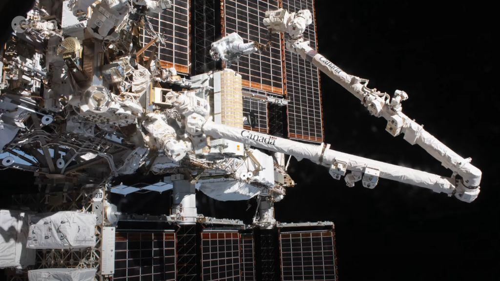 spacewalk-timelapse.jpg